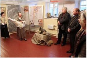 Выставка «Не должно вам быть» открылась в Государственном музее современной истории России